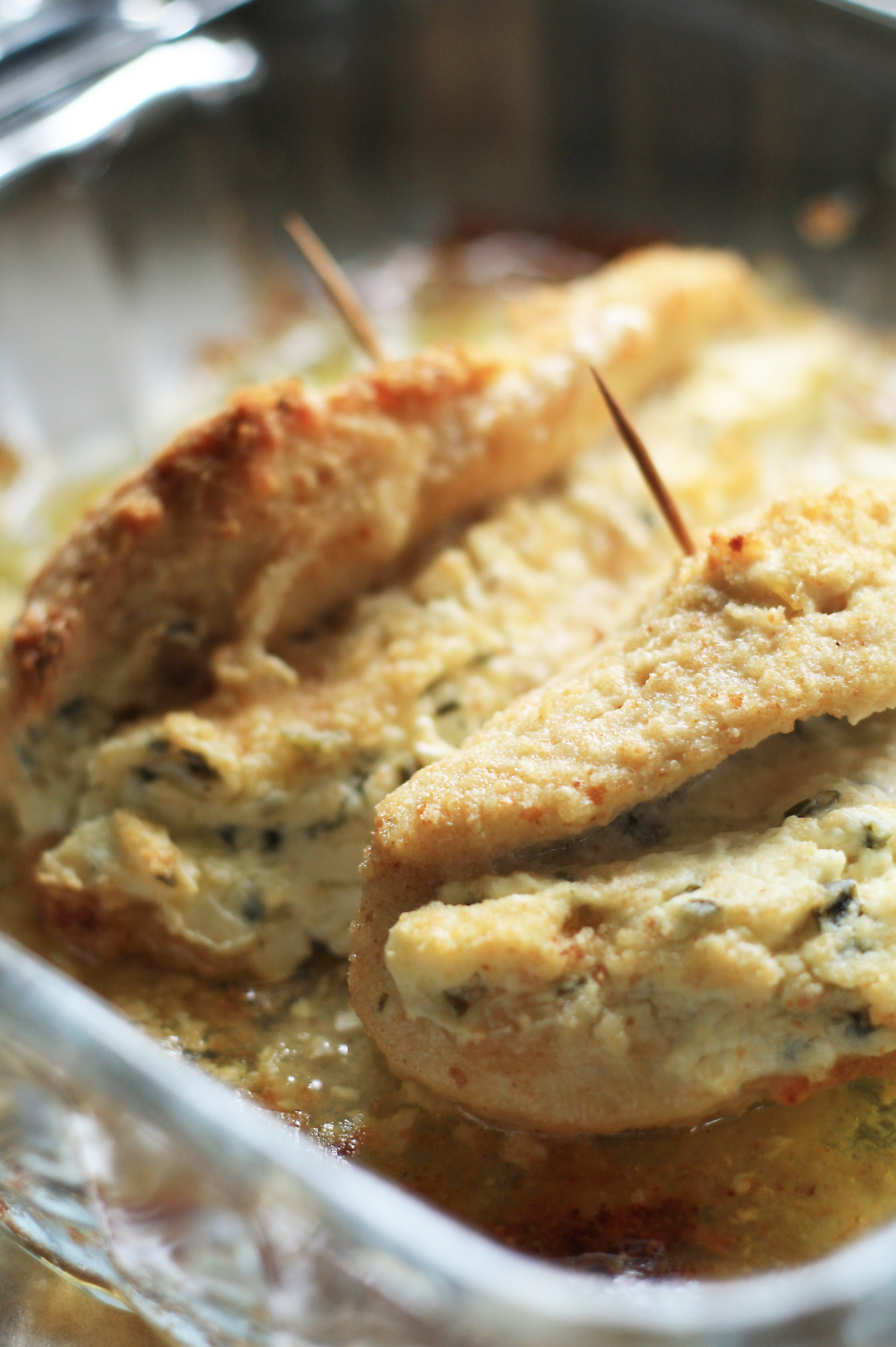 Cream Cheese and Chive Stuffed Chicken – Cooking Up Cottage